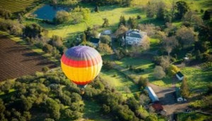Napa, CA – Wine Country Hot Air Balloon Over Calistoga